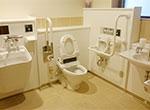 写真:多目的トイレ